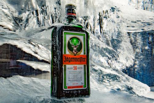 Jägermeister-Eisplakate